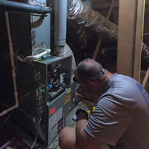 Inspecting the furnace during operation
